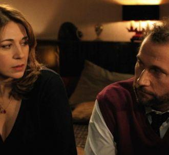 Valérie Benguigui avec François Damiens dans 'La Famille...