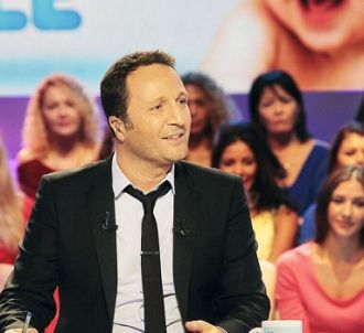 TF1 affiche son soutien à Arthur