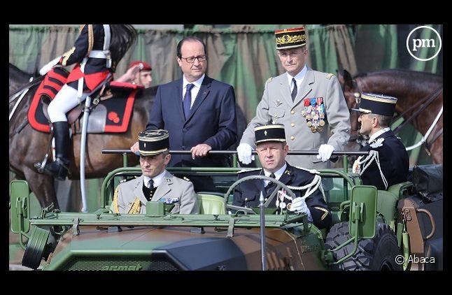 François Hollande lors du défilé militaire du 14 juillet 2014