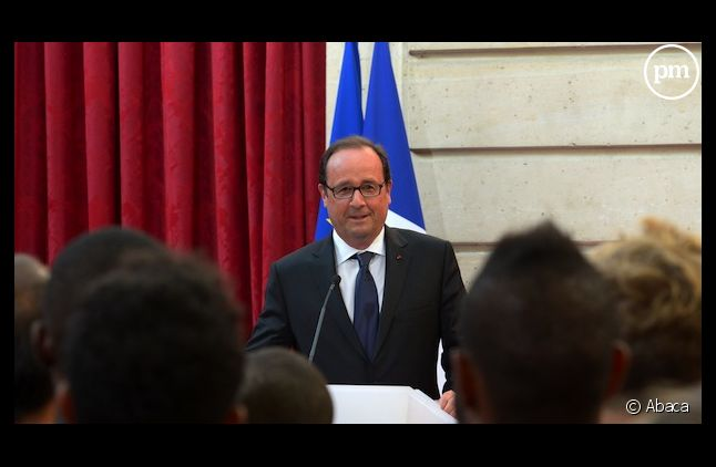François Hollande, mardi, avec l'équipe de France d'athlétisme