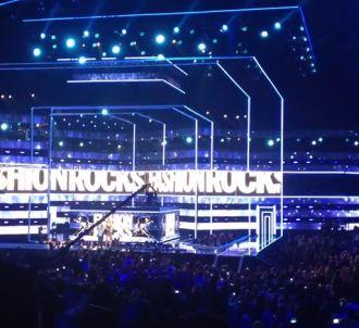 Justin Bieber hué lors du 'Fashion Rocks 2014'