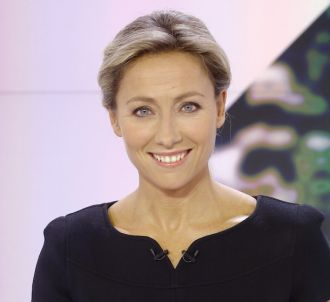 Anne-Sophie Lapix réagit à l'arrêt de 'Mots croisés'