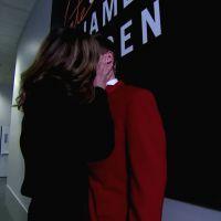 Allison Janney embrasse toute l'équipe du