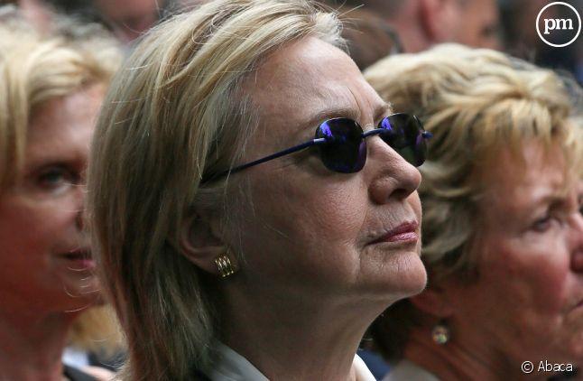 Hillary Clinton, avant son malaise, lors des cérémonies du 11 septembre.