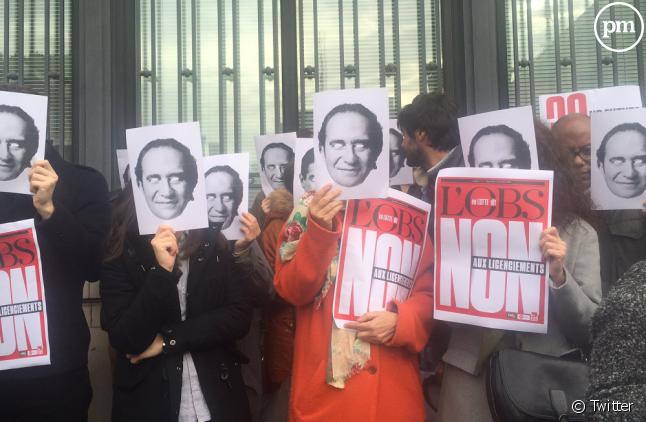Les journalistes ont de nouveau manifesté ce midi devant la place de la Bourse.