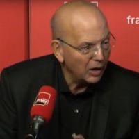 Patrick Buisson raille la chronique d'Alex Vizorek sur France Inter