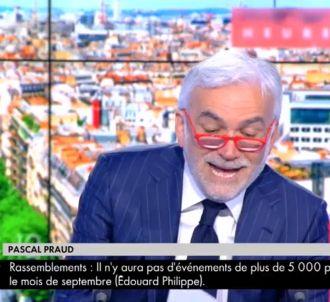 Pascal Praud se moque du discours d'Edouard Phillipe.