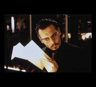 Johnny Depp dans 'La Neuvième Porte'.