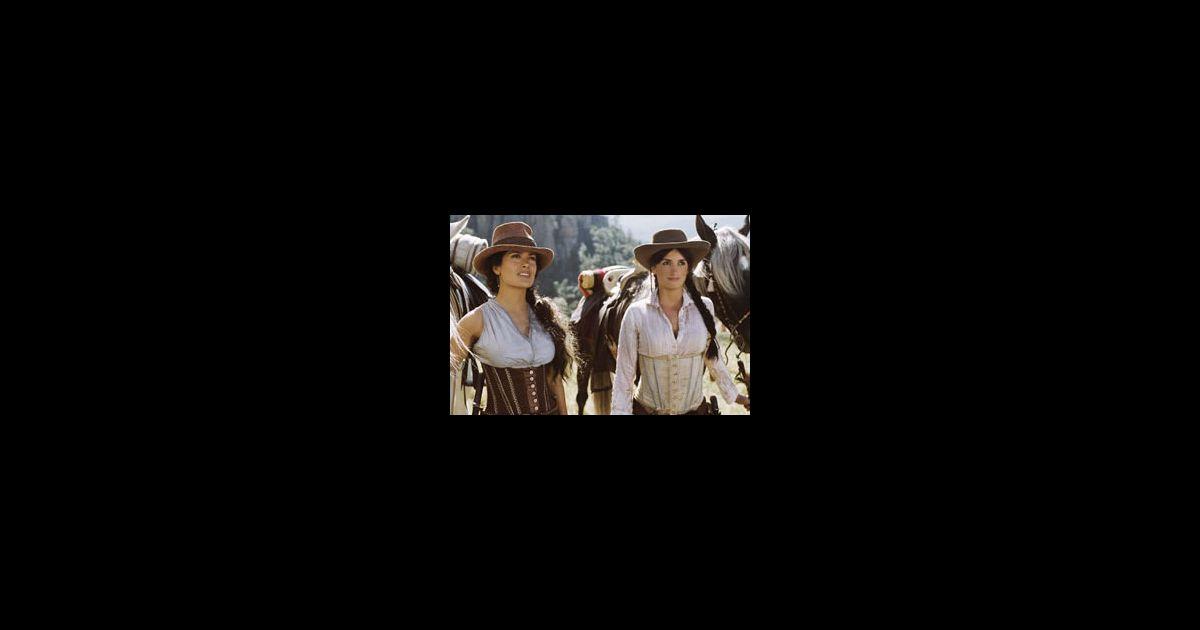 Salma Hayek Et Pen 233 Lope Cruz Dans Le Film Quot Bandidas