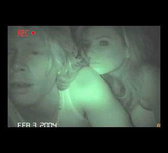 Eric Olsen et Eva Longoria dans sa parodie de la vidéo...