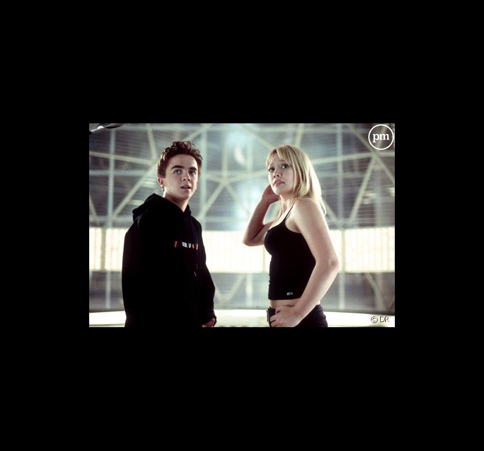 "Frankie Muniz et Hilary Duff dans ""Agent Cody Banks"""