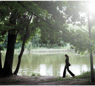 'Comme si de rien n'était', le nouvel album de Carla Bruni.
