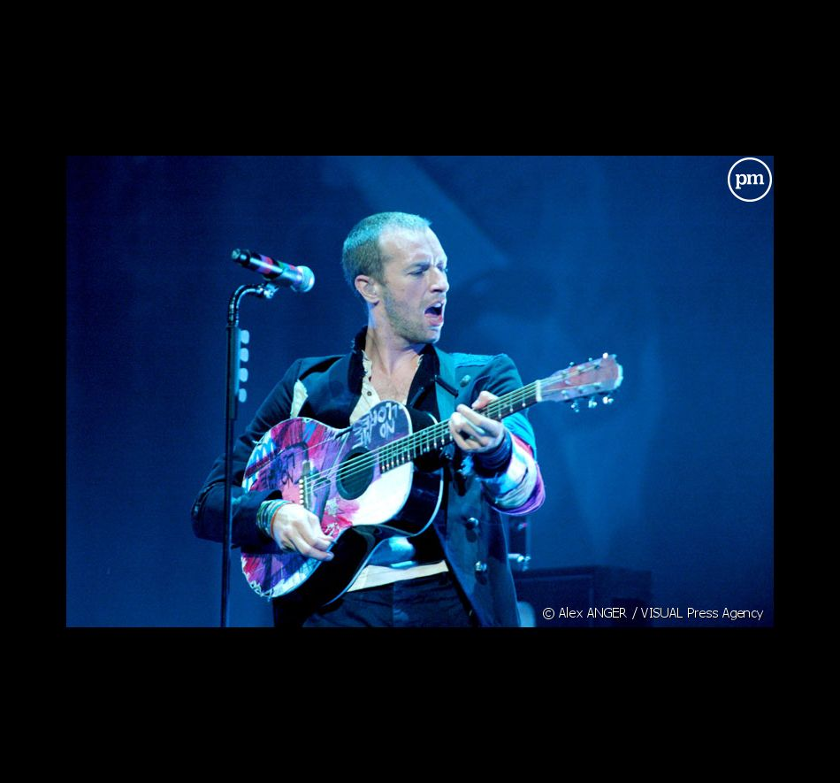 Chris Martin en concert à Bercy avec Coldplay