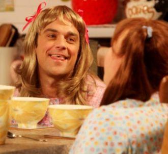 Robbie Williams face à Matt Lucas dans 'Little Britain'