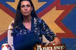 """""""La Ferme""""/Endemol: la blessure d'Adeline est une conséquence de sa dispute avec Farid (vidéo)"""