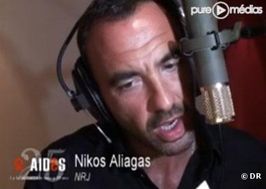 Nikos Aliagas dans le clip pour Aides, en mars 2010
