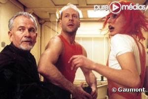 """Ian Holm, Bruce Willis et Milla Jovovich dans le """"Cinquième Élément"""""""