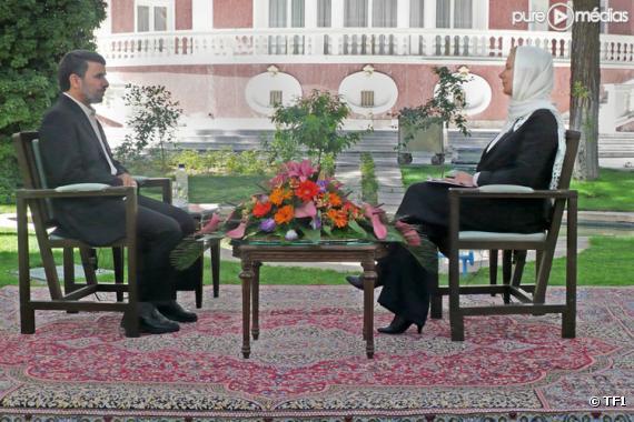 Laurence Ferrari interviewe Mahmoud Ahmadinejad, le 7 juin 2010 sur TF1