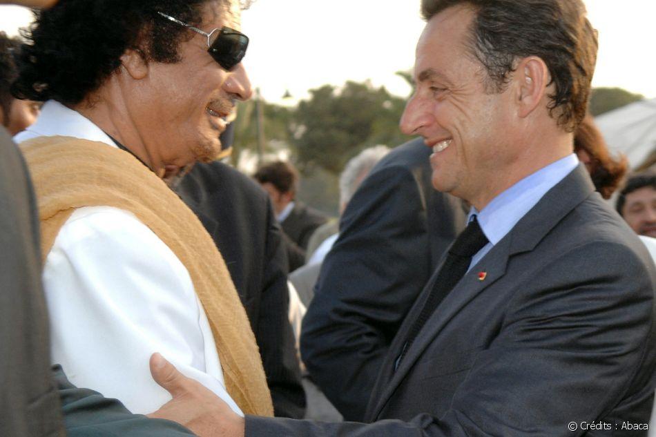 Nicolas Sarkozy en visite à Tripoli le 25 juillet 2007.