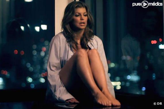 """Fergie dans le clip """"Just Can't Get Enough"""" des Black Eyed Peas"""