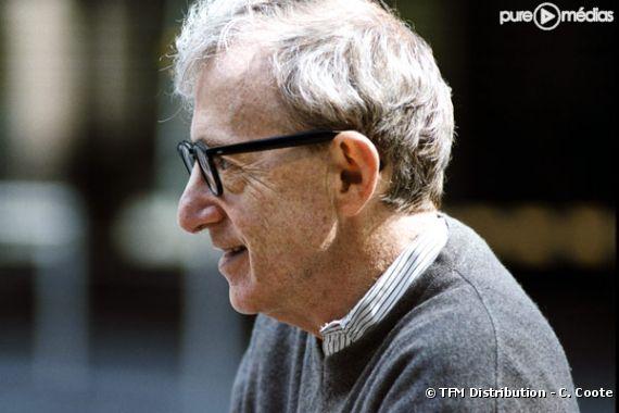 """Woody Allen sur le tournage de """"Match point""""."""