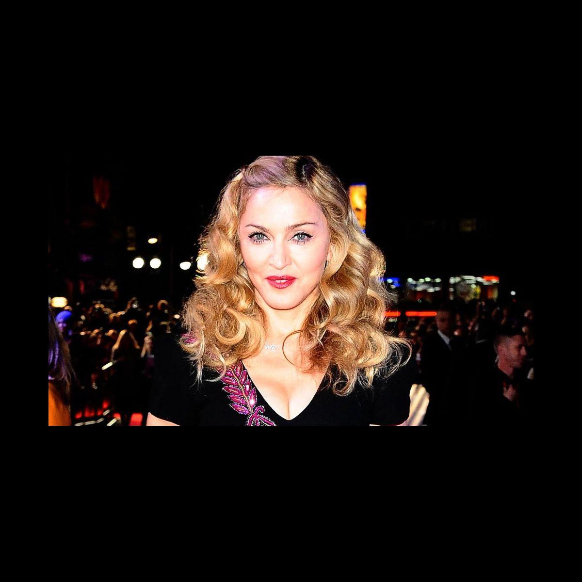 Madonna chantera pendant la mi temps du super bowl 2012 - Quitte moi pendant la coupe du monde ...