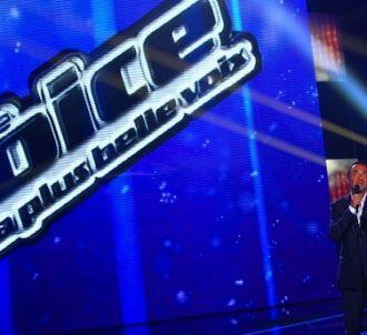 Nikos Aliagas sur le plateau de 'The Voice'