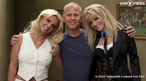 "Britney Spears, Ryan Murphy et Heather Morris dans ""Glee"""