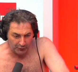 François Morel nu pour sa chronique.