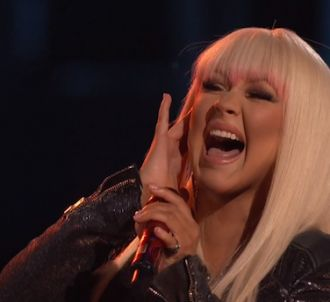 Christina Aguilera et Blake Shelton interprètent 'Just A...