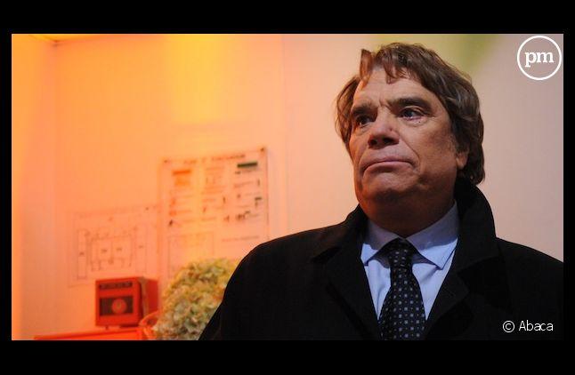 Le Parlement ouvre une enquête sur les conditions du rachat de Hersant Médias par Bernard Tapie