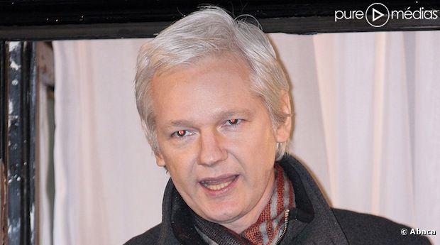 Julian Assange s'en prend au film que prépare Bill Condon sur Wikileaks