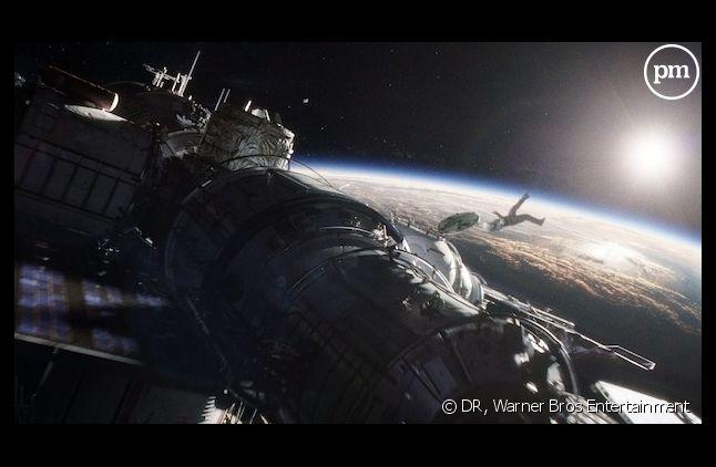 """Un journaliste a interrogé le réalisateur de """"Gravity"""" sur la difficulté de tourner dans l'espace"""