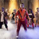 """""""Thriller"""" rejoué par l'équipe du """"Before"""" sur Canal+."""