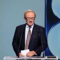 Rachat de D8 et D17 : Canal+ revoit sa copie