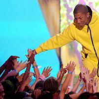 Disques : Les Enfoirés résistent à Kyo et Shakira, Pharrell Williams toujours devant Clean Bandit