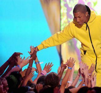 Pharrell Williams reste en tête du top singles avec 'Happy'