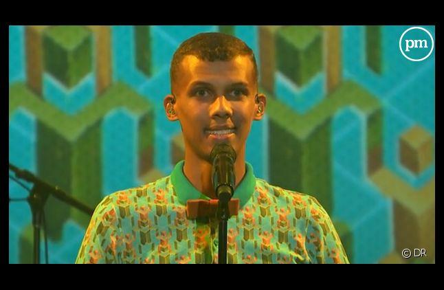 Stromae chante Papaoutai