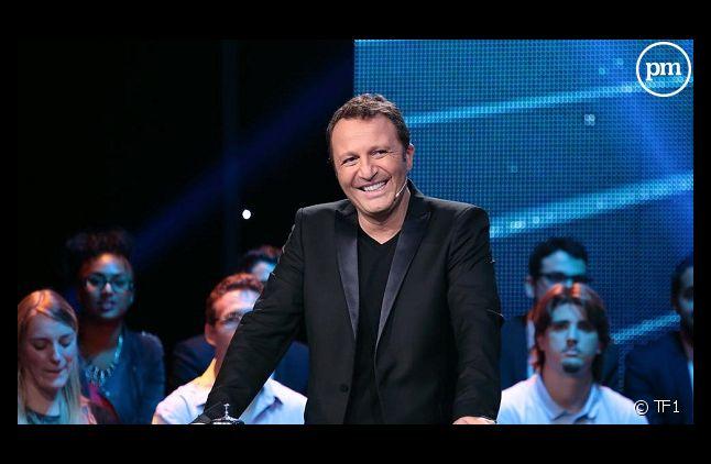 Arthur va produire un pilote de jeu pour France 2.