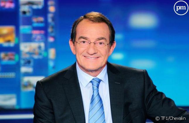 Jean-Pierre Pernaut sur le plateau du JT de TF1.