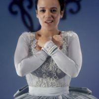 Clip : Alizée se transforme en Cendrillon pour