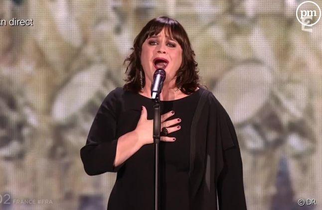 Lisa Angell entre dans le Top Singles français