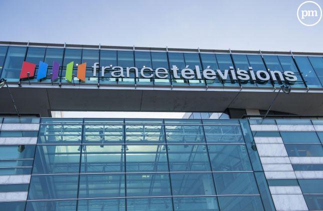 France Télévisions roule trop en taxi.