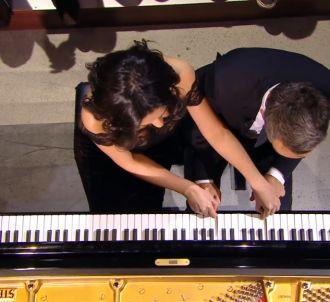 La leçon de piano à Yann Barthès.