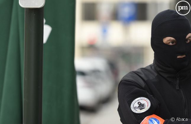 Ce matin, plusieurs explosions ont frappé Bruxelles