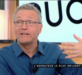 Laurent Ruquier sur le plateau de 'C à vous'.