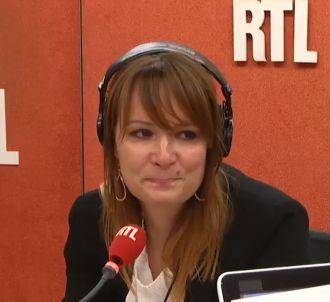 Adeline François émue lors de sa dernière revue de presse...
