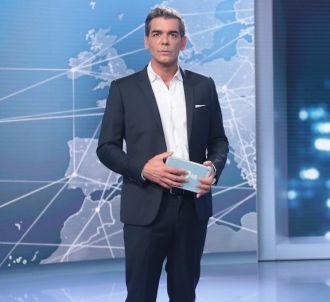 Xavier de Moulins présente 'Le 19.45' sur M6