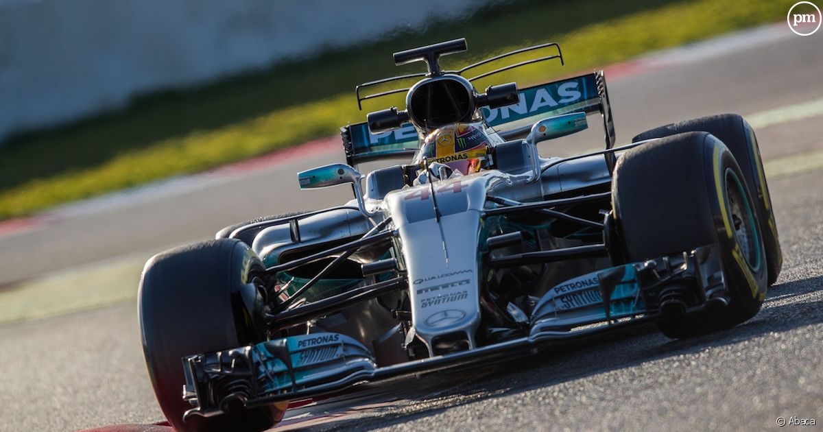 Tf1 r cup re quatre grands prix de formule 1 puremedias for Prix chambre formule 1