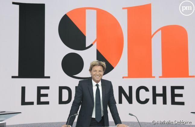 """Laurent Delahousse dans """"19h le dimanche"""""""